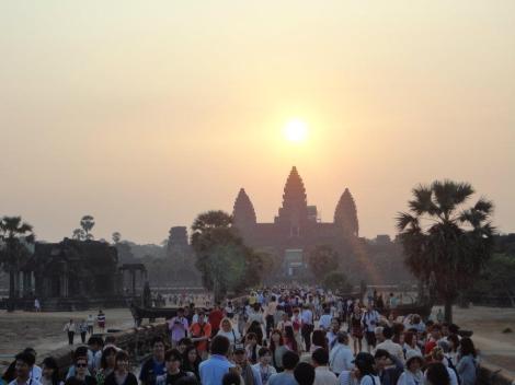 Sunrise di komplek Angkor Wat
