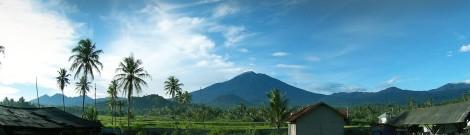 Pemandangan Kerinci dari Padang Aro